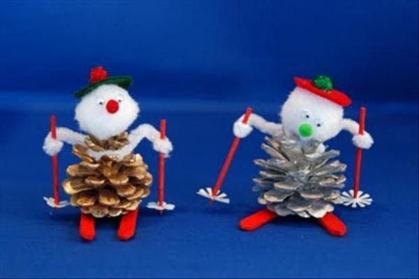 Navidad manualidades con pi as secas de rbol for Manualidades navidad con pinas