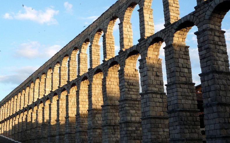 segovic-aqueduct-2