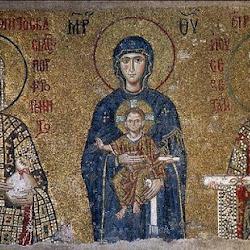 44 - Mosaico de la Teótocos con la Emperatriz Irene en Santa Sofía de Constantinopla