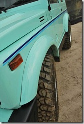 Suzuki Jimny SJ410V Over fender