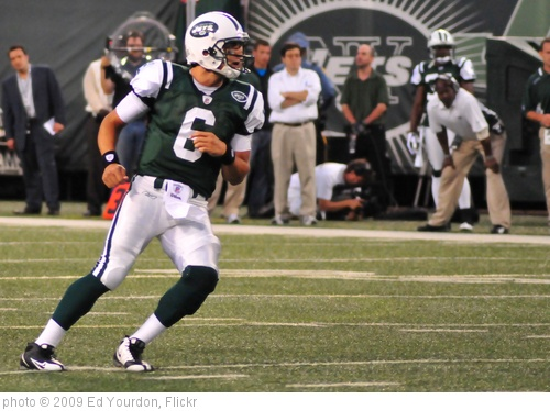 'Football: Jets-v-Eagles, Sep 2009 - 03' photo (c) 2009, Ed Yourdon - license: http://creativecommons.org/licenses/by-sa/2.0/