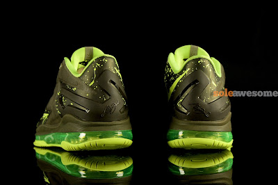 nike lebron 11 low gs dunkman 1 02 Grade School Version of LeBron 11 Low Uses LeBron 8 V/2 Outsole