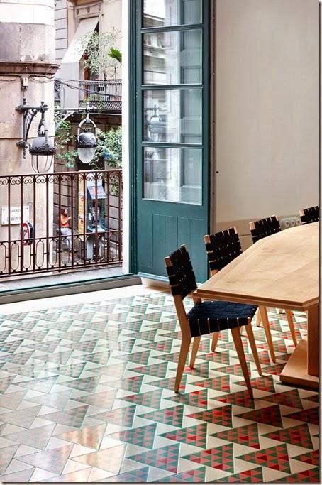 13-Carrer-Avinyo-David-Kohn-Architects-Barcelona-photo-Jose-Hevia-Blach-yatzer