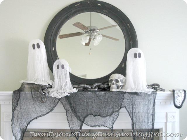Halloween Mantlescape