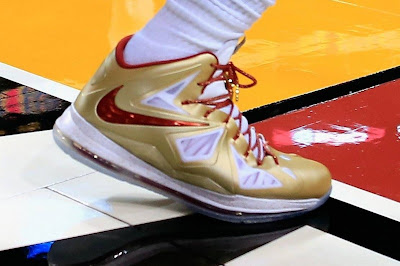 lebron james nba 121030 mia at bos 18 LeBron Sports Championship Gold LBJ X in Miami Heat Opener