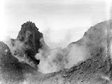 Sinabung crater (unknown photographer and date) Courtesy TropenMuseum Archives