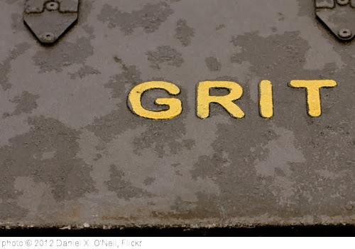 'Grit, London' photo (c) 2012, Daniel X. O'Neil - license: http://creativecommons.org/licenses/by/2.0/