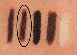 Styli-Style Black 24-Hour Line & Seal Swatch