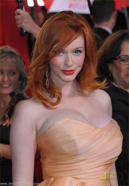 Christina Hendricks linda sensual sexy sedutora decote peito desbaratinando (44)