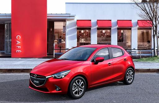 2015-Mazda2-Demio-06.jpg