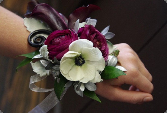 corsage6-1024x680ruby bloom fancy flowers