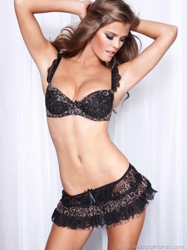 nina-agdal-modelo-biquini-bikini-linda-sensual-nude-boobs-model-desbaratinando-sexta-proibida (65)