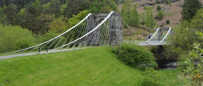 PHIL'S PICTURE: BRIDGE OF OICH