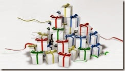 1686445_stock-photo-pile-of-gift-boxes