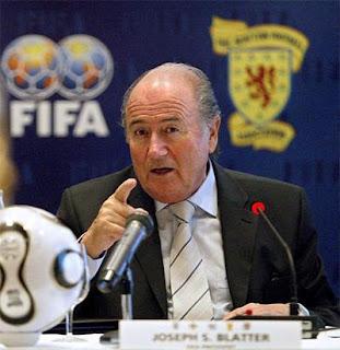 Hommage de Blatter aux Verts