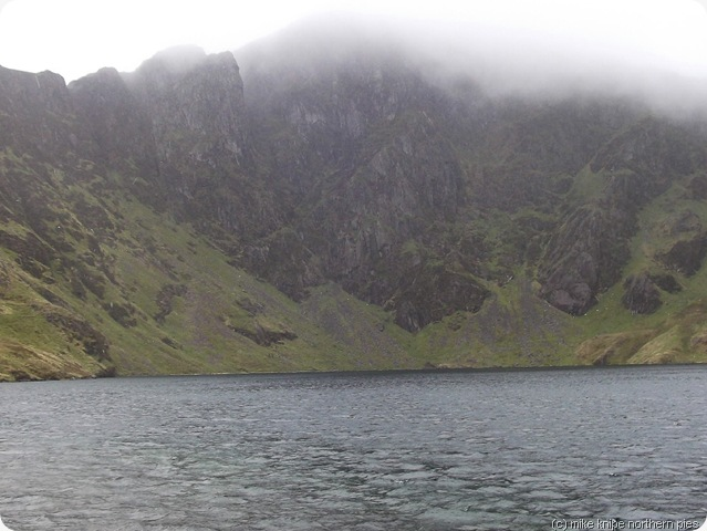 llyn cau