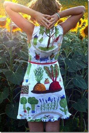 Vestito borsa orto e girasoli-012