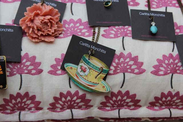 teapot-necklace-Carlitta-Monchitta