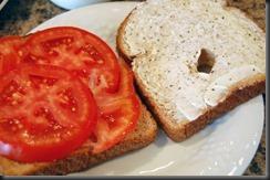 tomato-sandwich-open-1024x680