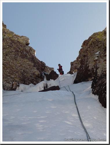 Cascada Os Diaples de Panti 180m MD- WI4  90º (Canal Roya, Pirineos) (Omar) 0891