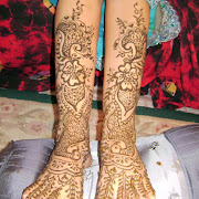 Bride Deepak Saini To Hire Henna artist for your Wedding call Jumana