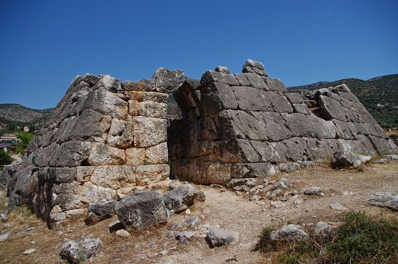 pyramid-hellinikon-1
