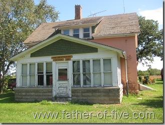 Ney Nature Center - Henry and Mathilda Ney Farmhouse built in 1895