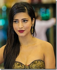 Shruti Hassan Hot Photos at SIIMA Awards 2013, Shruti Hassan Hot Cleavage Pics