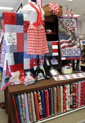 Cute quilt shop display for the 4th of July