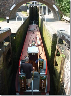entering foxton bottom lock