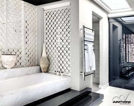baño-diseño-bañera-marmol-casa-de-lujo-Antoni-Associates