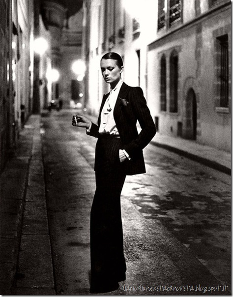 Le smoking tuxedo for women designed by Yves Saint Laurent, 1966 Iconic 1975 photo by Helmut Newton