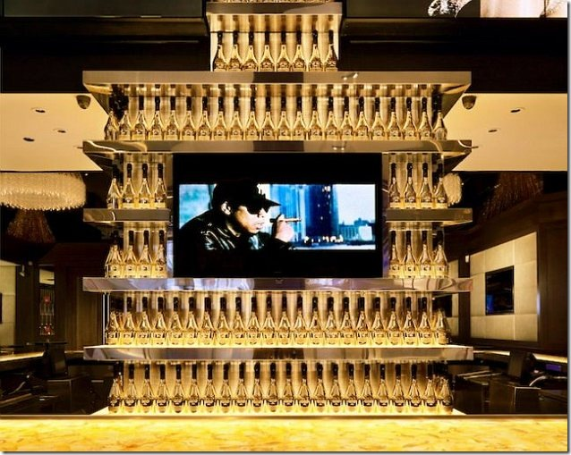 obama-jay-z-champagne-tower