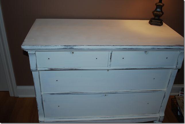 white dresser 005