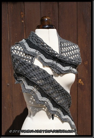 Souricette shawlette - front