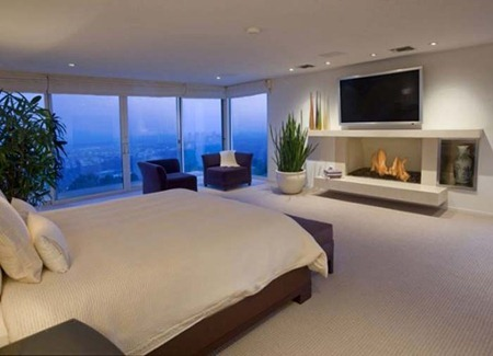Apartment-Best-Bedroom-TV