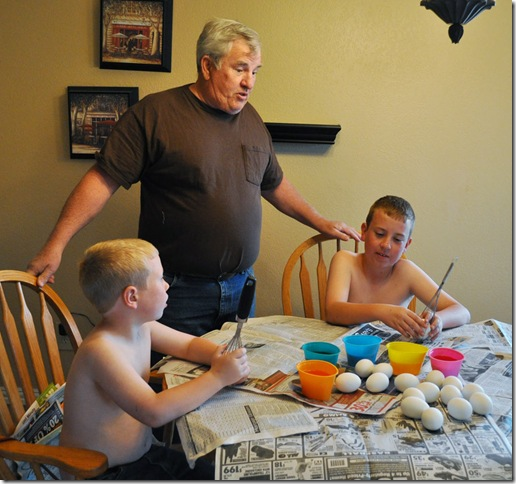 04-07-12-dying-eggs-03