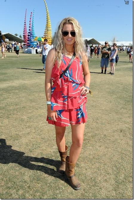 2012 Coachella Music Festival Day 3 q39KnhJ6Pbzl