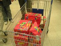 2009_packerlaktion_toysrus_20091212_113650.JPG