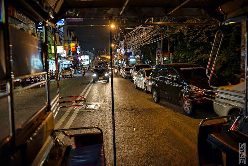 2557_Thailand_Pattaya_Jomtien_transport_tuk_tuk_tuck_tuck_taxi-24