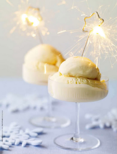Sparklers in on top of an icecream dessert with add a burst of shine. (everythingfab.com)