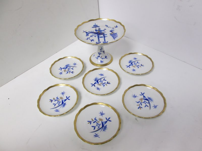  Vintage Aelteste Volkstedter Porcelain Pastry Set