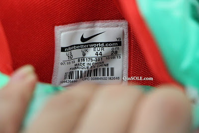 nike lebron 11 gr christmas 2 02 Release Date // Nike LeBron XI (Day After) Christmas Edition