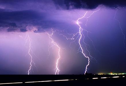 energia-de-las-nubes-de-tormenta-energia-renovable