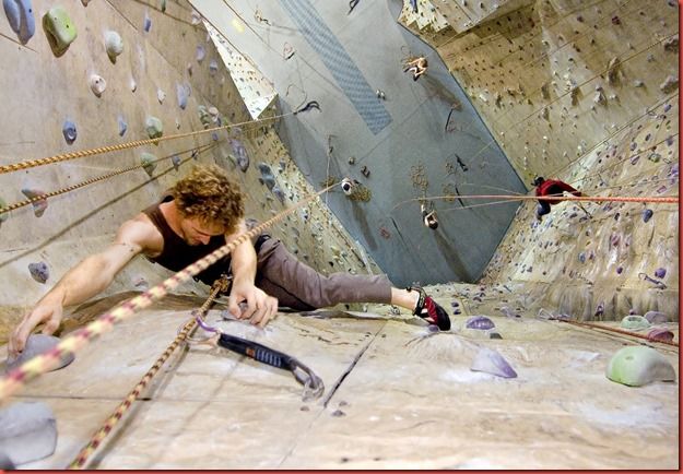 indoor-rock-climbing-2