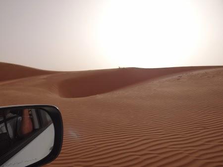 26. Cu masina pe dune.JPG
