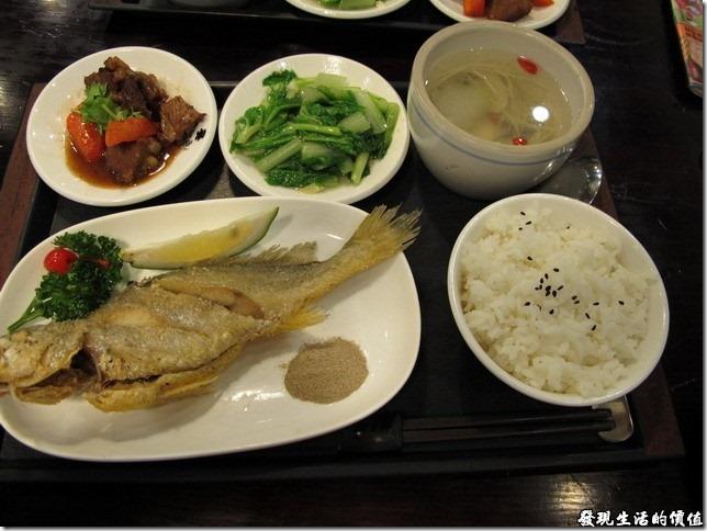 台南-洁洁複合式餐廳