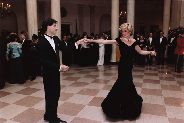 john_travolta_and_princess_diana_dancing