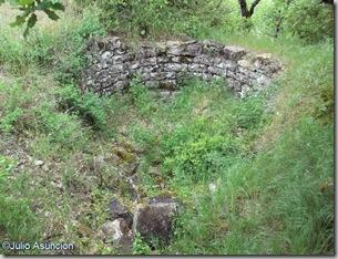 Restos de Torreón del Castillo de Leguin - Valle de Izagaondoa
