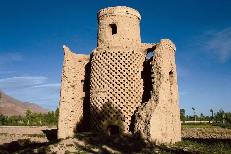 pigeon-towers-iran-1